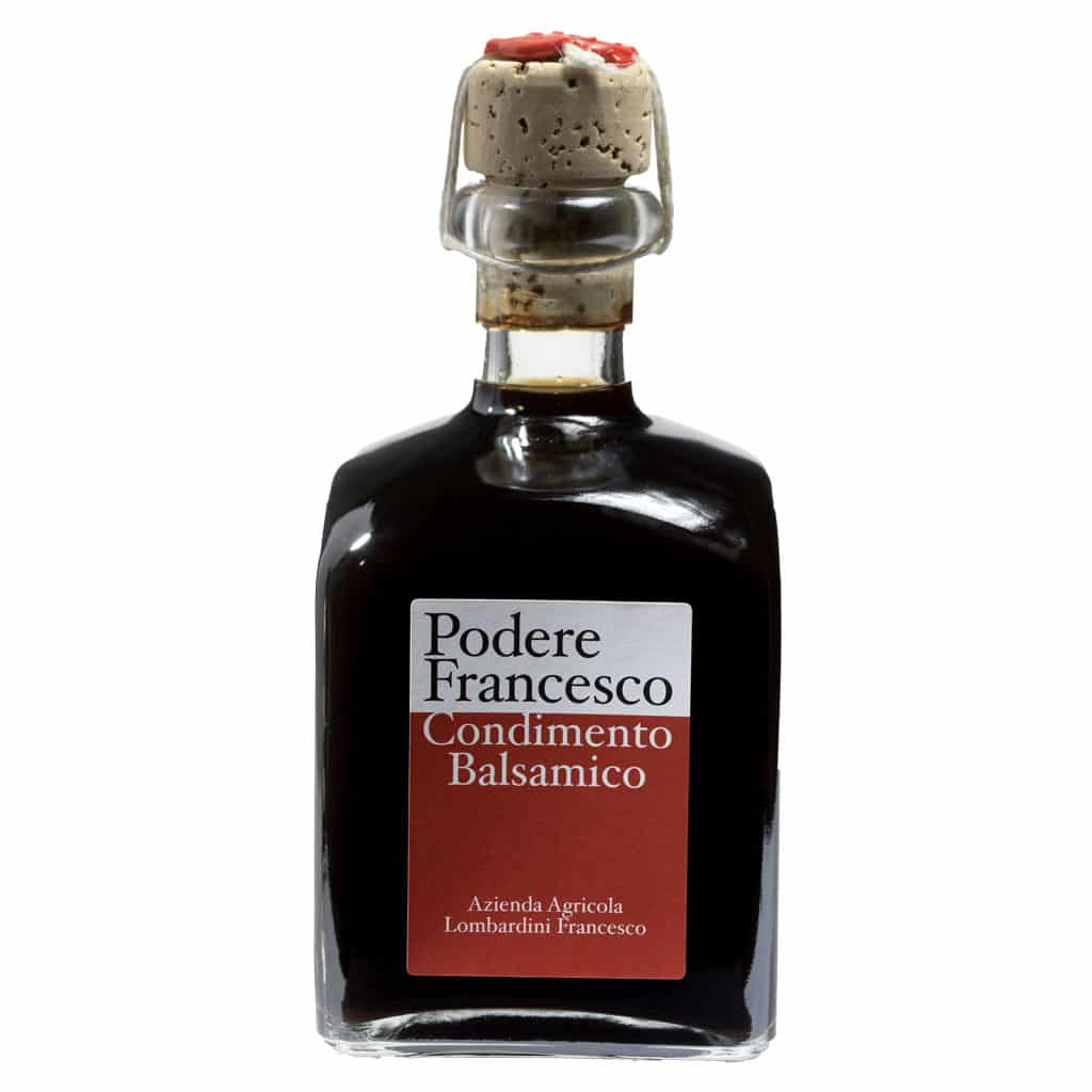 Condimento balsamico prodotto a Podere Francesco a Novellara in provincia di Reggio Emilia